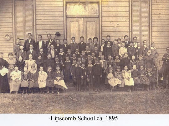 An 1895 class picture of Lipscomb Elementary
