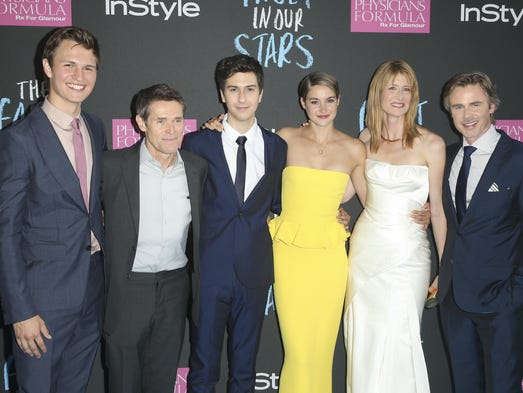 "Actors, from left, Ansel Elgort, Willem Dafoe, Nat Wolff, Shailiene Woodley, Laura Dern, and Sam Trammell attend the premiere of 20th Century Fox's ""The Fault In Our Stars"" at the Ziegfeld Theatre on Monday, June 2, 2014, in New York. (Photo by John Minchillo/Invision/AP)"