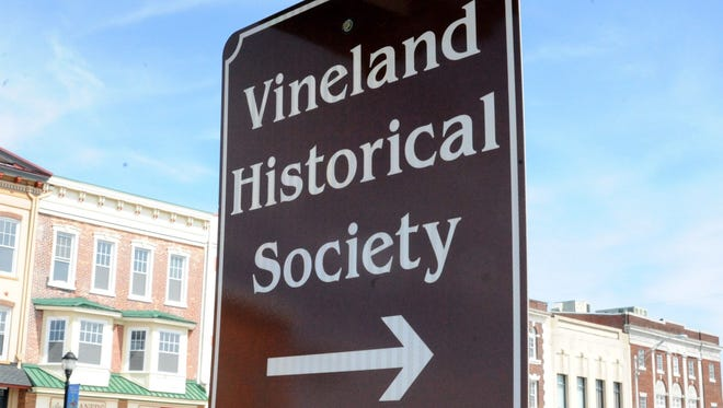 Do you like history and enjoy working with young people? Vineland Historical and Antiquarian Society invites you to become an education volunteer