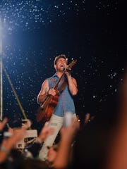 Jake Owen performs on day 3 of Country Thunder Wisconsin on July 23, 2016 in Twin Lakes, Wisconsin.