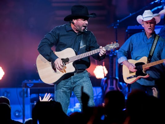 Garth Brooks World Tour, Trisha Yearwood