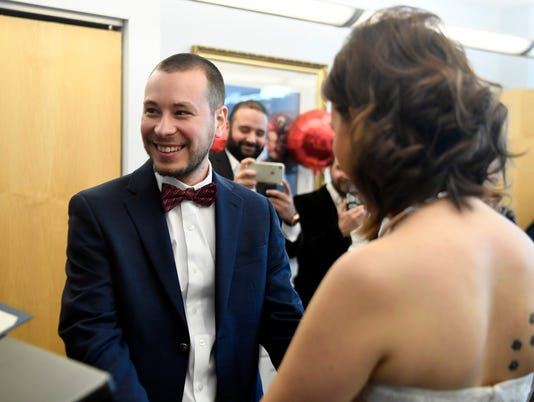 nine couples marry on valentines day at bergen county
