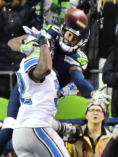 Seahawks wide receiver Paul Richardson pulls in a touchdown