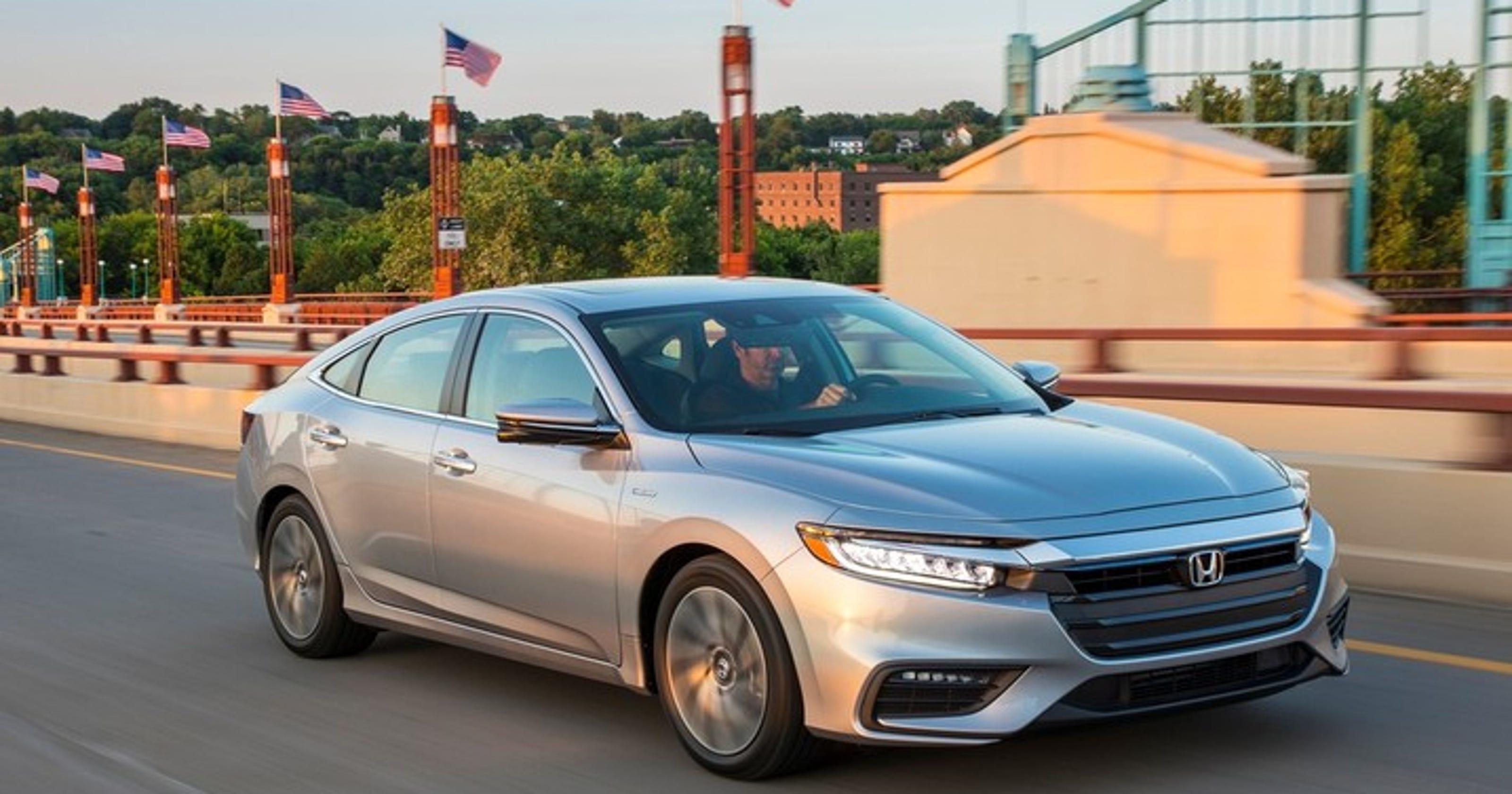 Honda Prices New Insight Hybrid To Take On Toyota S Prius