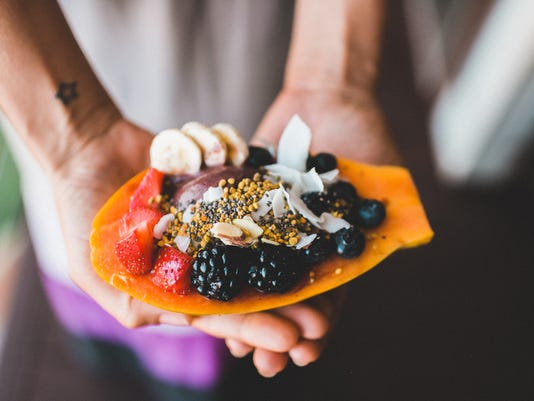 636136303220341174-papaya-and-berry.jpeg