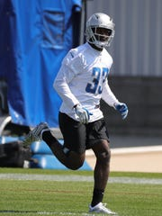 Kerryon Johnson is expected to start at tailback for the Lions.