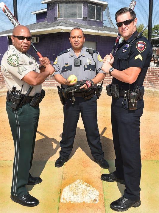 636106637573501699-cop-baseball.jpg