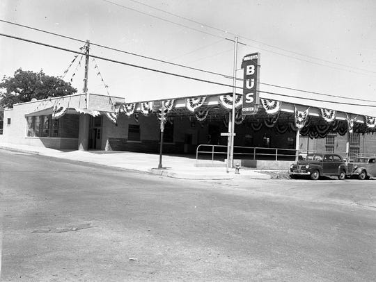 Trailways Bus Center at 408 Fannin St taken the day prior to formal grand opening on June 28, 1949.