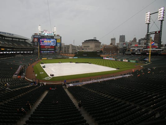 Tigers fans, comerica park rain, rain delay