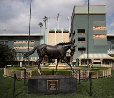 Santa Anita resists California board recommendation to shut down after latest fatality