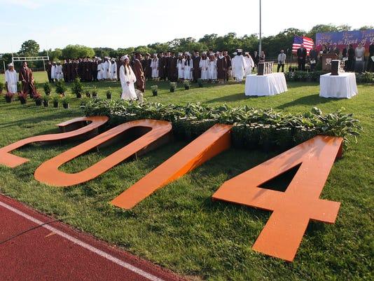 -CRHS graduation 06.jpg_20140623.jpg
