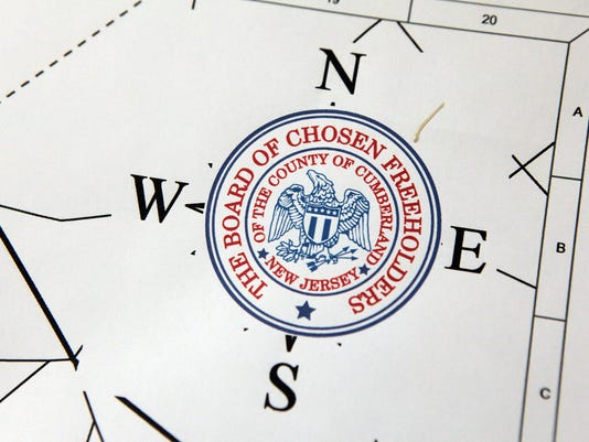 -Cumberland County seal carousel 003.jpg_20141201.jpg