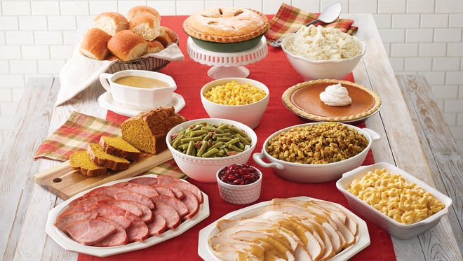 Bob Evans is offering a Farmhouse Feast for families who don't want the hassle of cooking a Thanksgiving dinner.