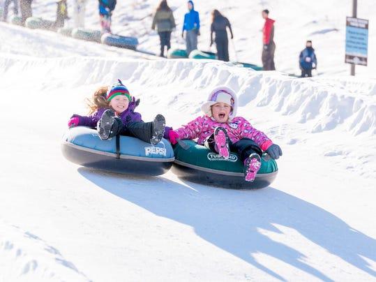Snow-Trails_Mansfield-Ohio-8952