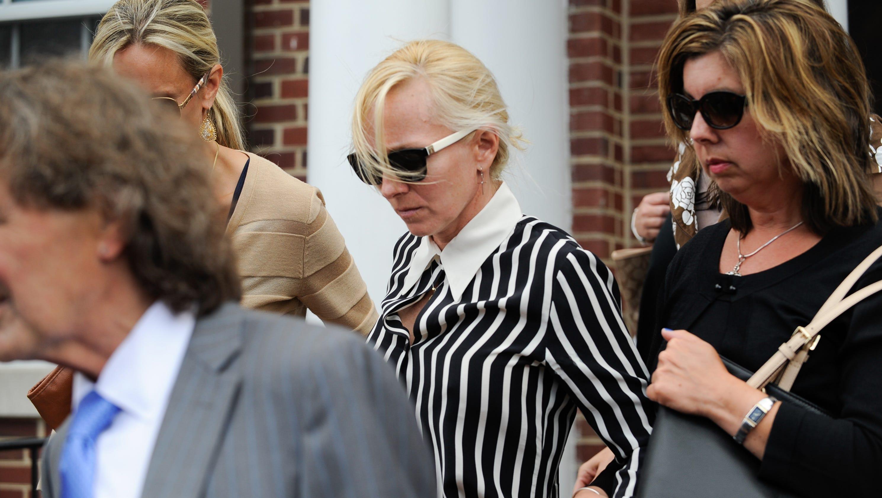 ex ravens cheerleader pleads guilty