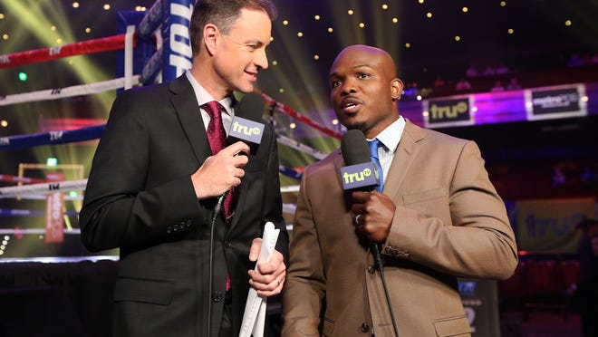 Tim Bradley, right, with Kevin Kugler on their first truTV broadcast May 1. (Photo by Mikey Williams, Top Rank)