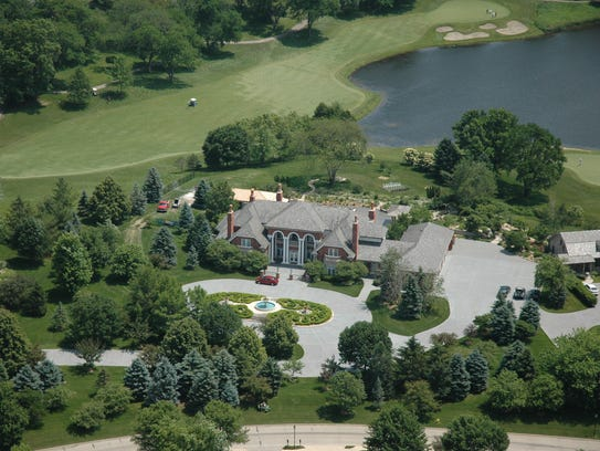 This West Des Moines mansion sold for $4.5 million.