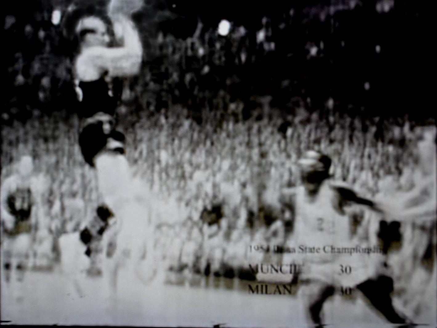 Here is a blurry image of Plump's shot frozen from game film.