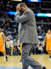 Alvin Gentry struggled to get the Suns back on course