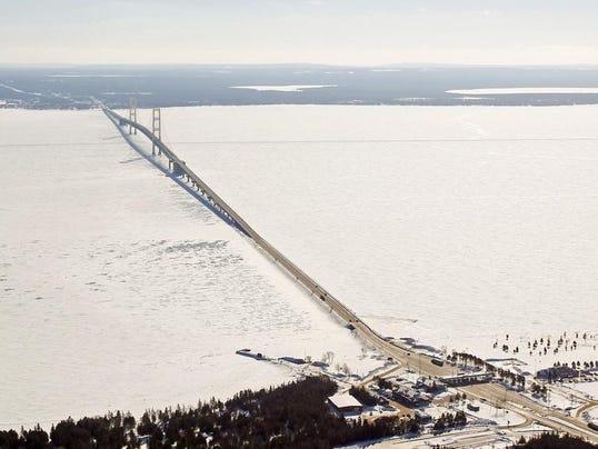 Mackinac Pipeline_Polz.jpg