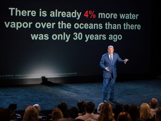 "Al Gore gives a presentation in ""An Inconvenient Sequel:"