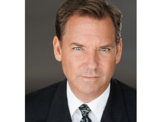 """Tom Hillmann will portray Margo's father in """"Paper"""