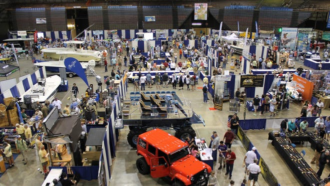 The popular Florida Sportsman Expo comes to the Lee Civic Center this weekend.  Read more: http://www.floridasportsman.com/2015/01/07/two-florida-sportsman-expos-back-to-back/#ixzz3ySm8xyZi