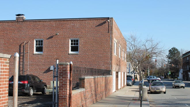 A developer has sought to turn this property along Lorraine Avenue, seen Nov. 28, 2016, into retail and office space.