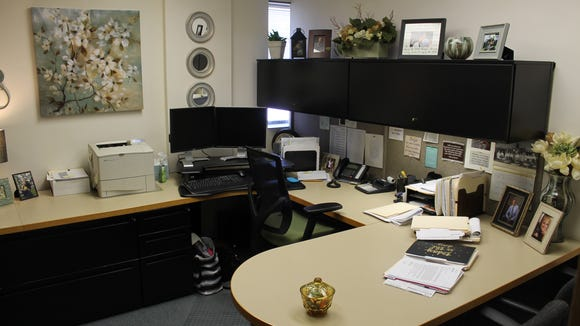 Recycled Office Environments recently donated and installed all new office furniture at the offices of the United Way of Portage County.