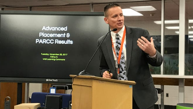 Charles Miller, curriculum director of the Verona School District, discusses academic performance on Nov. 28, 2017.