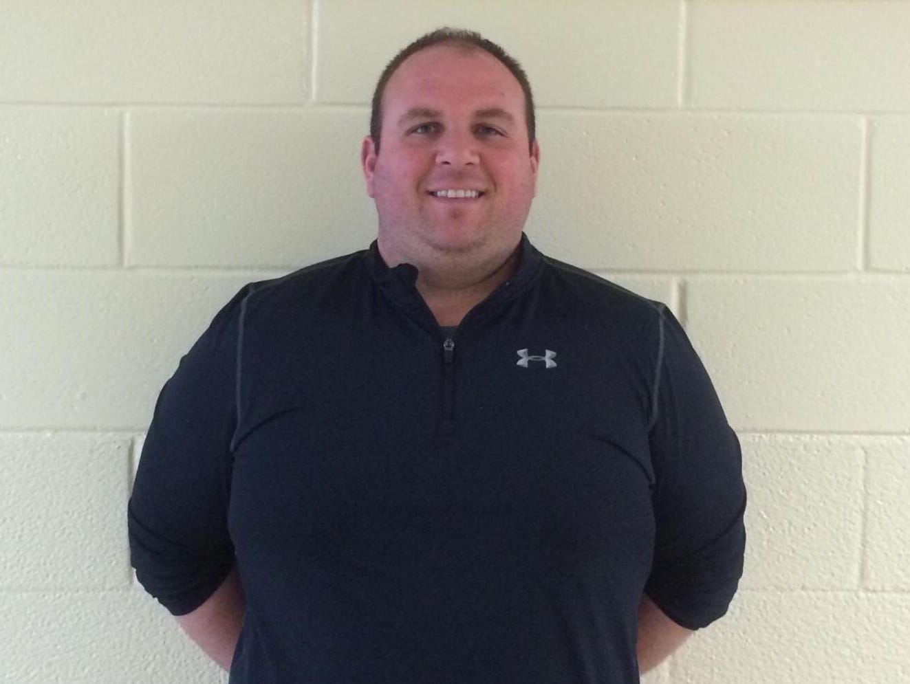 White Plains hired Mike Lindberg, a Clarkstown South grad and former Lourdes and Arlington coach, as its new head football coach.
