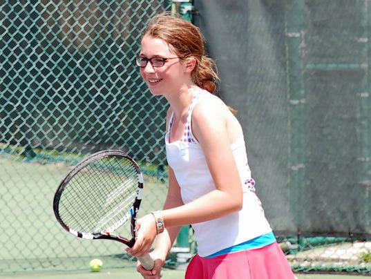 MTN0809 TennisKid