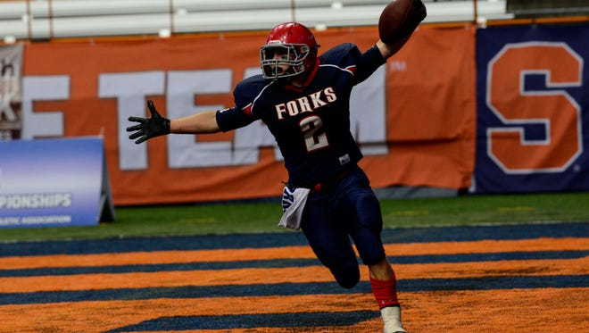 Chenango Forks' Ryan Bronson scores the winning touchdown during the Class C state final.