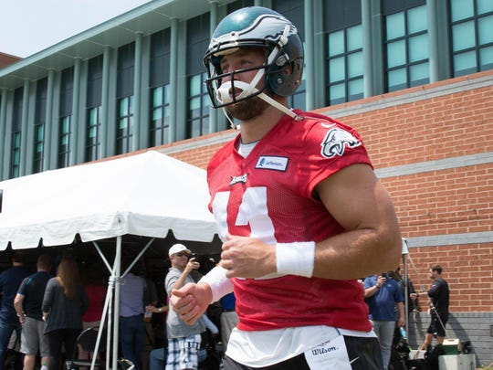 If Vhip Kelly keeps Tim Tebow as his third QB, chances are it would be as an active player on game day, providing a run-pass option in short-yardage (including two-point conversions) situations.