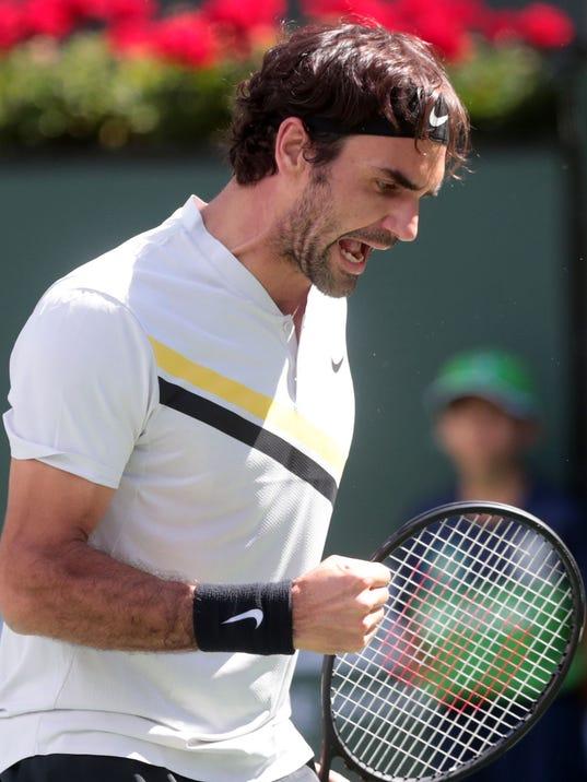 636569030281647400-Roger-Federer-Win003.jpg