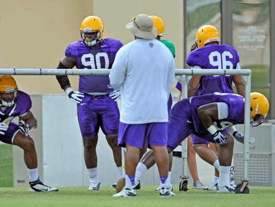 -MONBrd_08-24-2013_NewsStar_1_C004~~2013~08~23~IMG_LSU_Football_2_1_CE4V9J2S.jpg