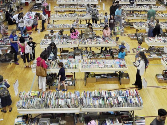 University School of Nashville's Fall Book Frenzy offers