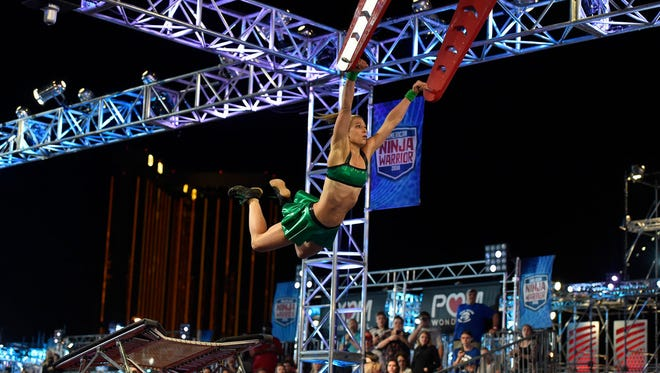 Jessie Graff, in her Green Lantern two-piece, made 'Ninja Warrior' history.
