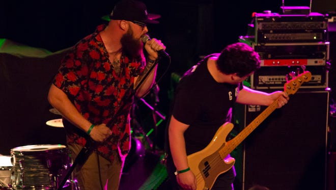 Brave New World opening for Red Jumpsuit Apparatus at Vinyl Music Hall.