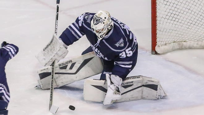 Playing his third game in three days in net, Ice Flyers goaltender Matt Zenzola came up big Sunday in the team's 4-1 win on the road against first-place Macon Mayhem.