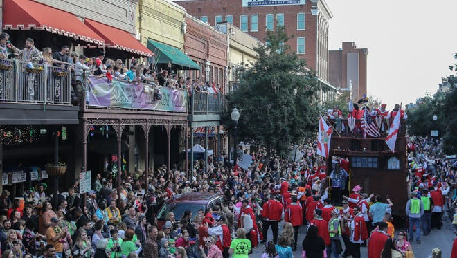 Surviving Mardi Gras weekend: Tips from