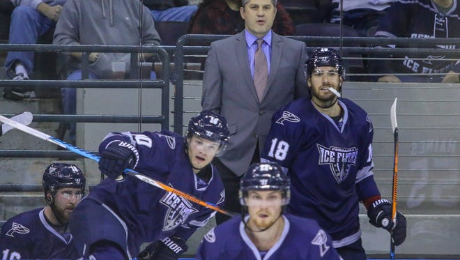 Ice Flyers coach Jeff Bes and his team will choose their playoff opponent Sunday night in an SPHL event, following a third place finish in the standings.