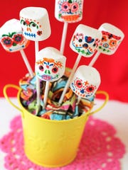 Day of the Dead marshmallow sugar skull pops