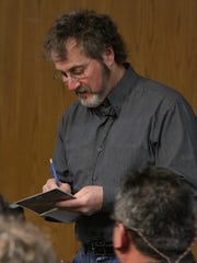 Comic illustrator Leigh Rubin speaks at the Santa Maria