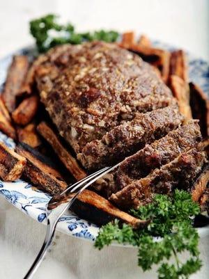 Lynn's Paradise Cafe's meatloaf