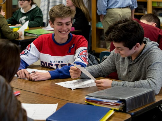 Cameron Doenges, 14, and Jagger Ziehmer, 15, work together during a freshman biology class Thursday, Jan, 5, 2017 at St. Clair High School.