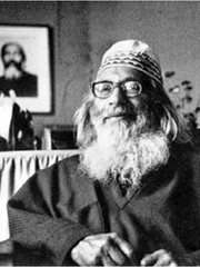 "The late Sufi Master Samuel Lewis is featured in ""Yogis, Sikhs and Zen Masters Along the Rio Grande,"" a Chautauqua by Ned O'Malia. Lewis is buried at the Lama Foundation north of Taos, and his grave serves as a pilgrimage site."