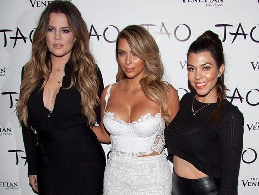 (L-R) Khloé, Kim and Kourtney Kardashian
