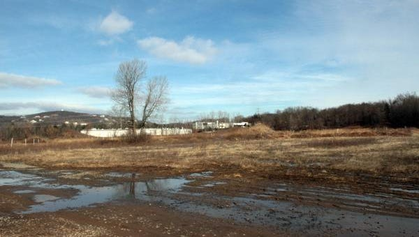 The site of the proposed mixed-used development known as Minisceongo Park on Route 202 just off the Palisades Interstate Parkway.