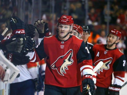 NHL: Florida Panthers at Arizona Coyotes